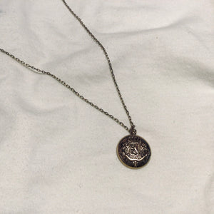 Short Coin Pendant Necklace