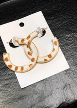Load image into Gallery viewer, Animal Print Hoop Earrings