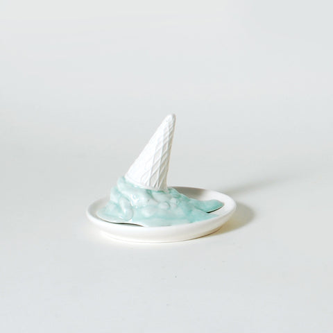 Melting Treats Ice Cream Ring Holder Dish