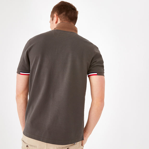 Short-sleeved khaki color-block cotton polo