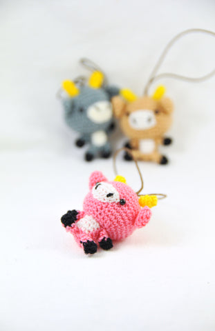Amigurumi  100% hand crochet .Material acrylic yarn, Strap ornament ,Key chain .Car mirror hanger.