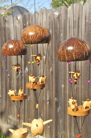 Carousel pigs ,outdoor or indoor,UV/weatherproof,nylon string,feather wind spinner