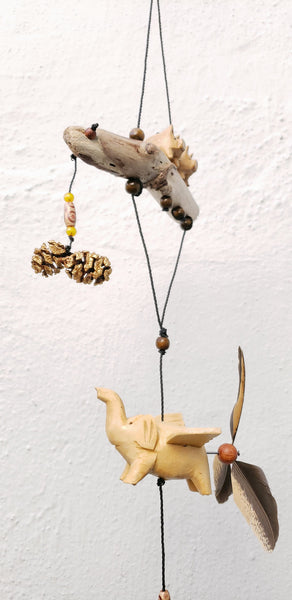 Elephant with two pigs ,hand craved ,weather/UV  proof ,changeable  feather spinner.
