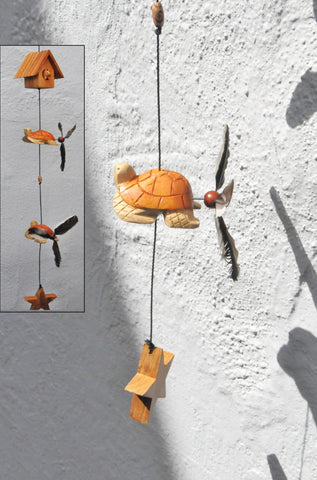 Turtle ,pig in bird house , spinner feathers that twirl in the wind, also changeable,good for indoor or outdoor.