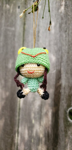 "Amigurumi ( free shipping )little girl frog hat ,hand crochet ,2"" height. ornament"