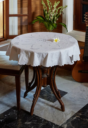 Paris Table Cloth