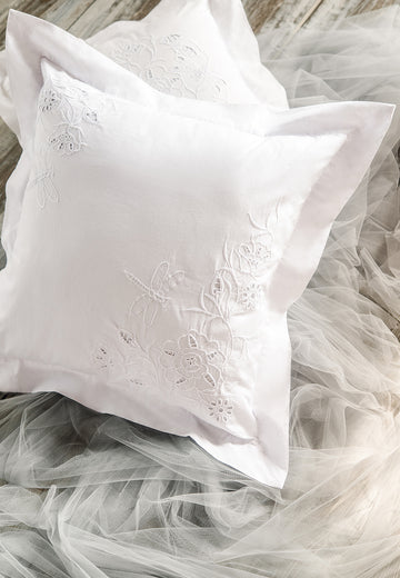 Throw Pillow Flora