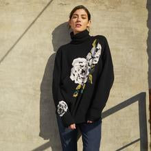 R12062 Floral intarsia turtleneck sweater