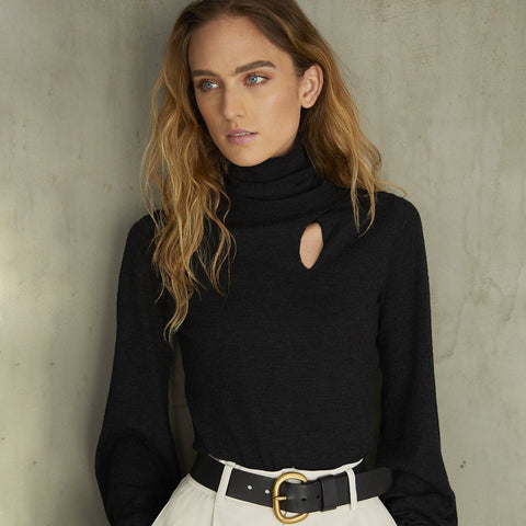 RFF12124 Juliette sleeve keyhole turtleneck