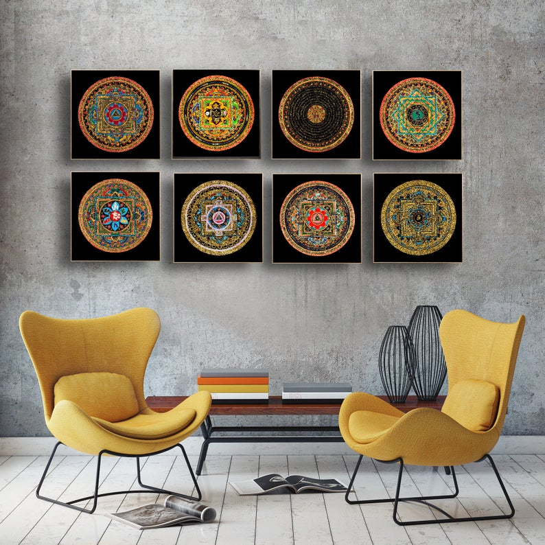 Living Room Decoration with Himalayas Thangka Painting