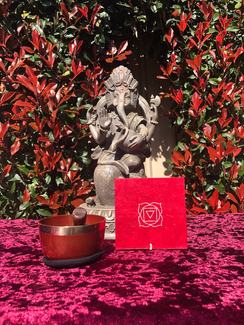 Root Chakra bowl for deep relaxation and creative thinking, a meaningful gift for your dad this Father's day.