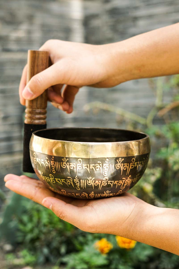 Learn to play Singing Bowl for sound meditation