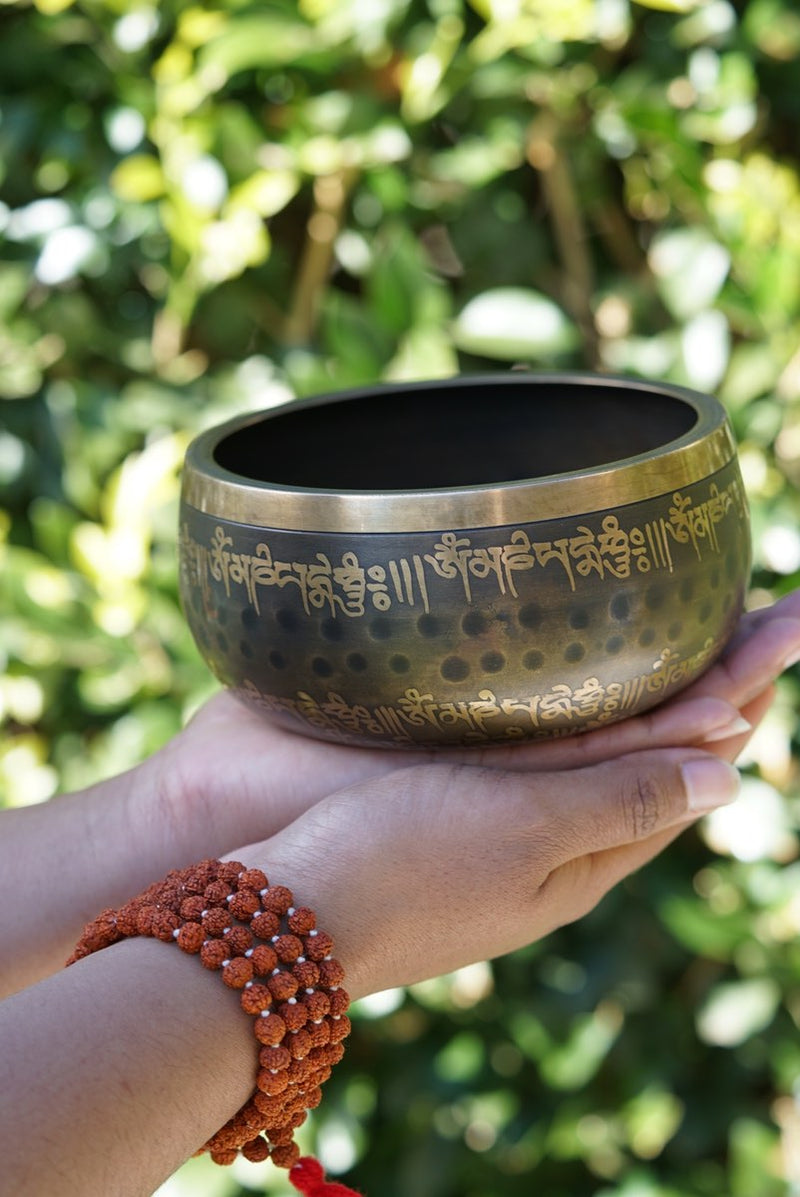 Lingam Singing Bowl unique design for sound healing and meditation