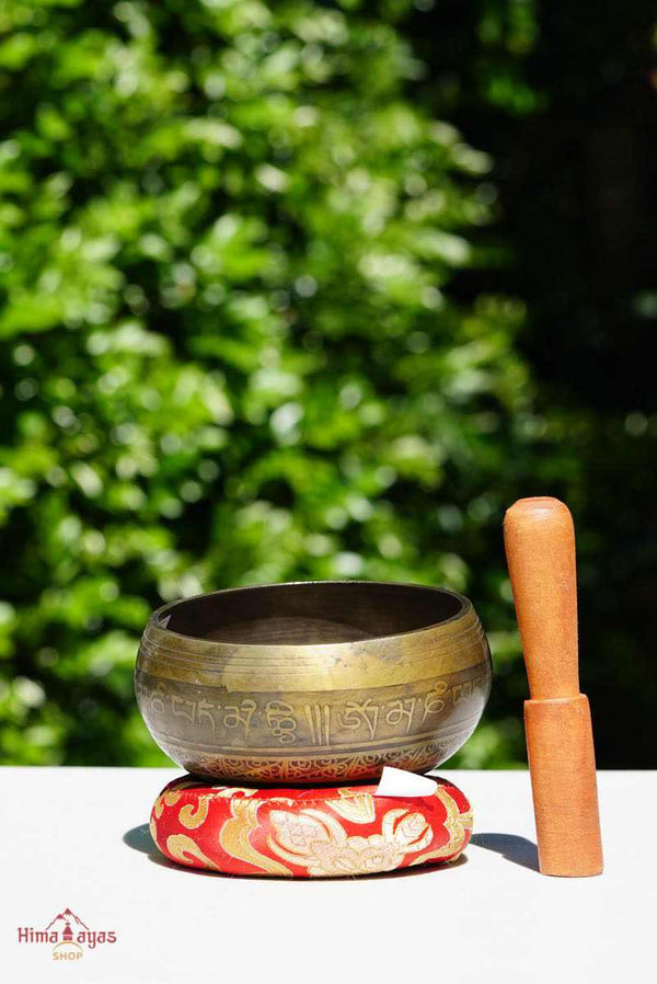 lotus singing bowl mini size for beginner sound healer and meditation