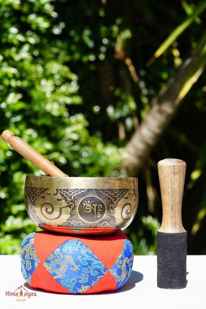 Beautiful hand carved singing bowl now available on online. Explore our collection of Authentic singing bowl from Himalayas Nepal.