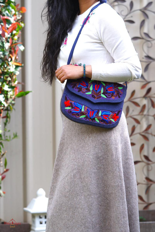 Unique style handmade bag with hand embroidery, easy to carry and stylist design