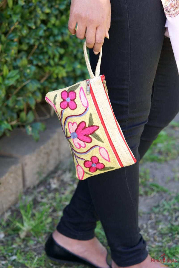 A lightweight everyday use purse with floral hand-embroidery design that suits everyone's style!