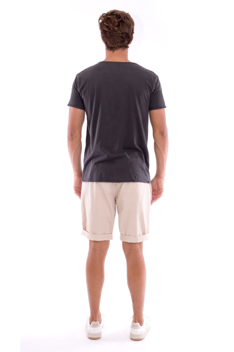Global warming will kill… - Round Neck - Cut Off - Tshirt - Colour Anthracite and Raven shorts - Colour Sand -4