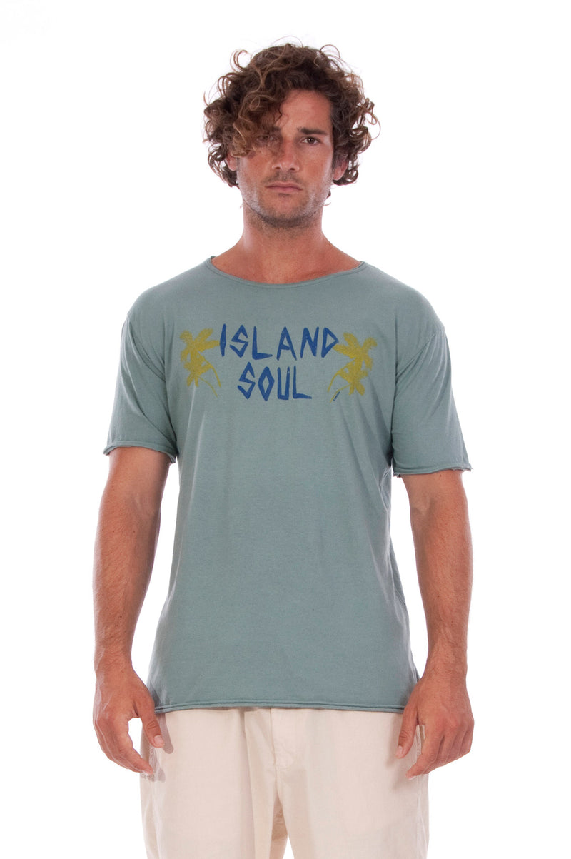 Island Soul - Round Neck - Cut Off - Tshirt - Colour Green and Raven Shorts - Colour Sand 2