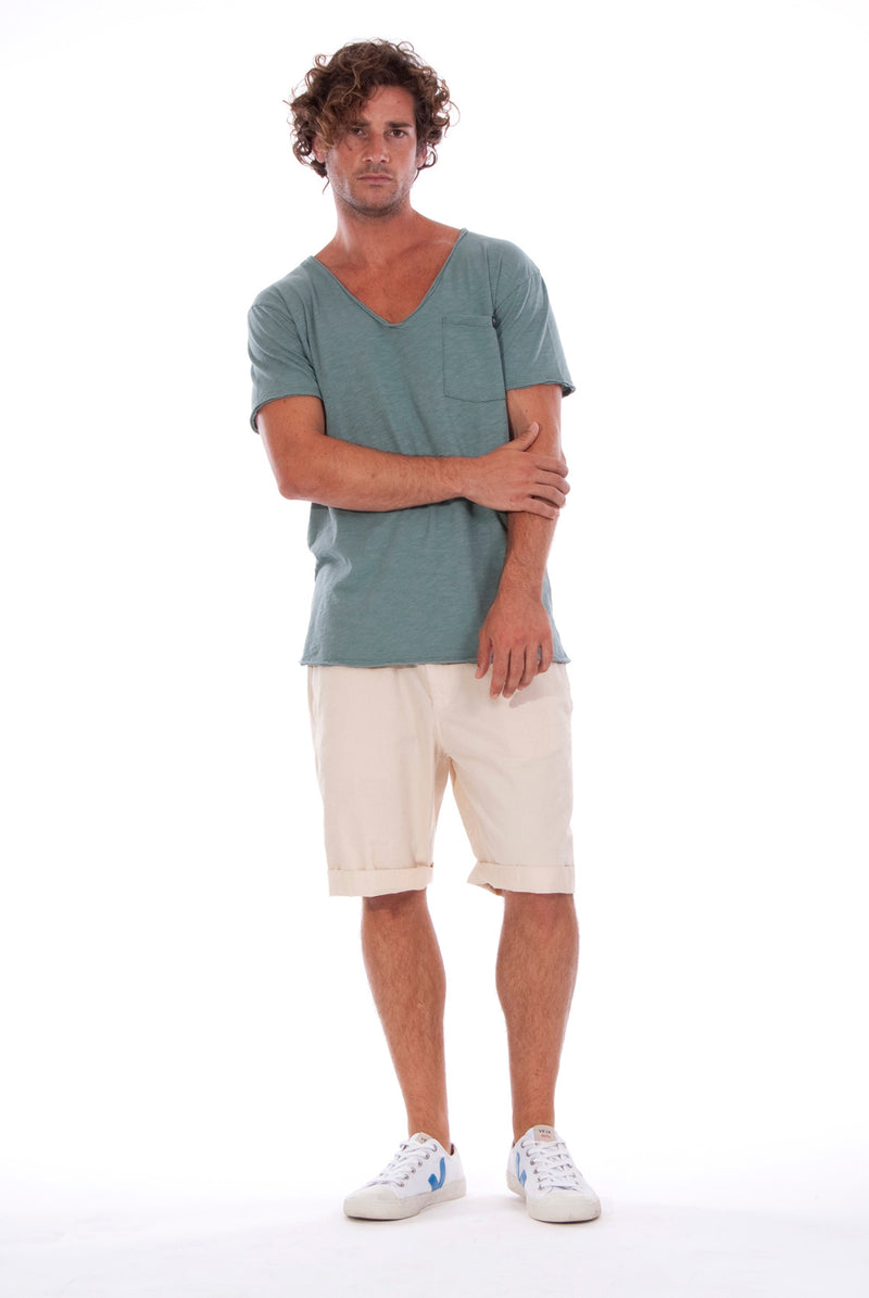 V neck - Tshirt - Cut Off - with pocket - Colour Green and Rraven shorts - Colour Sand -5