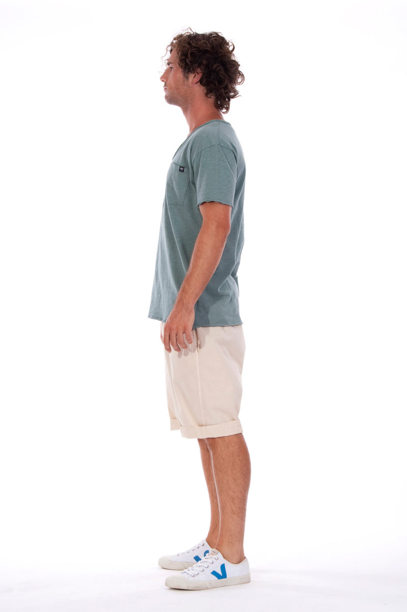 V neck - Tshirt - Cut Off - with pocket - Colour Green and Rraven shorts - Colour Sand -3