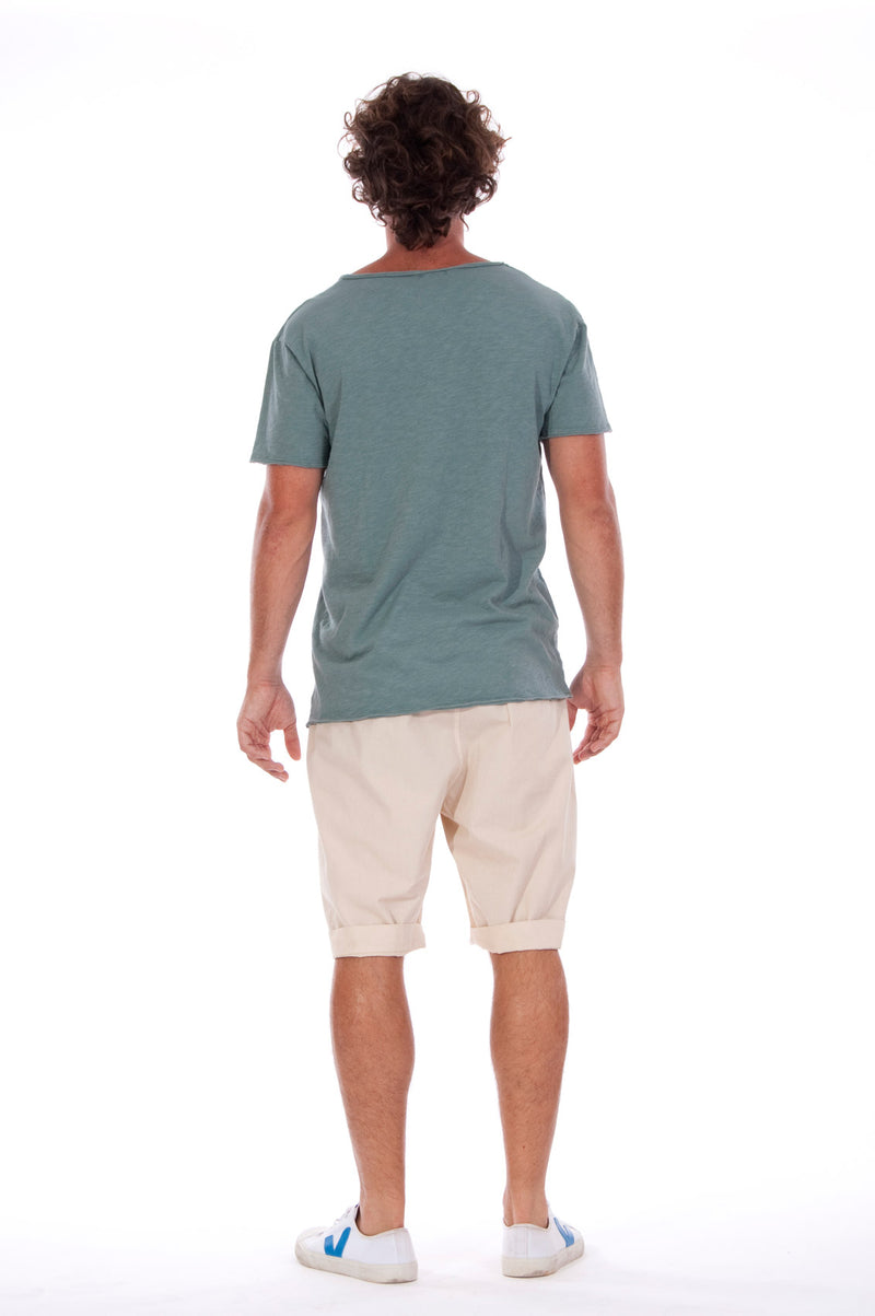 V neck - Tshirt - Cut Off - with pocket - Colour Green and Rraven shorts - Colour Sand -4