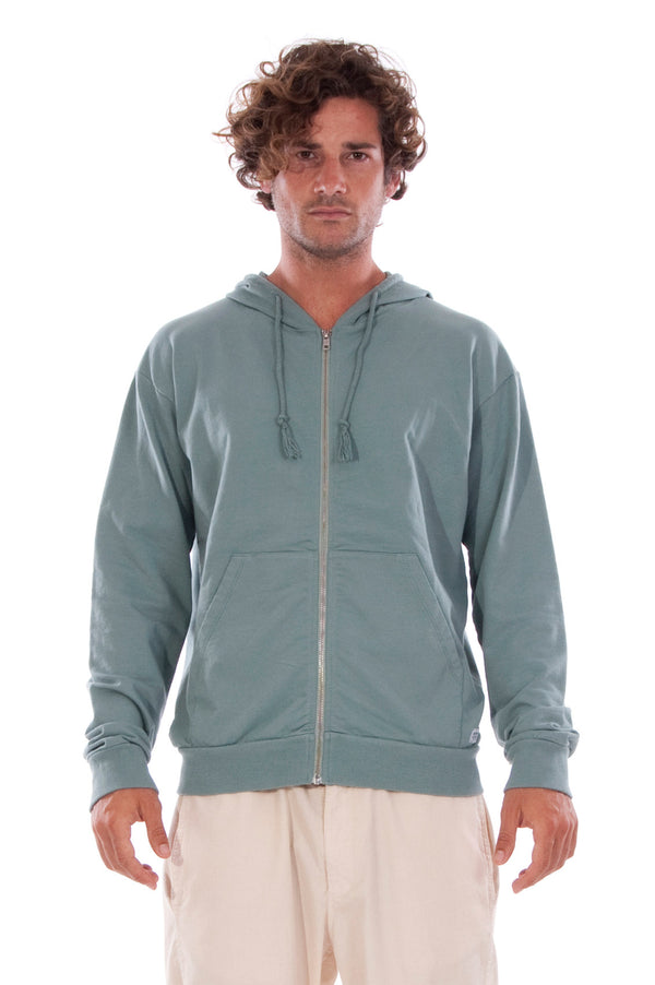 Zip Ibiza - Hoodie - Colour Green and raven shorts - Colour Sand 2