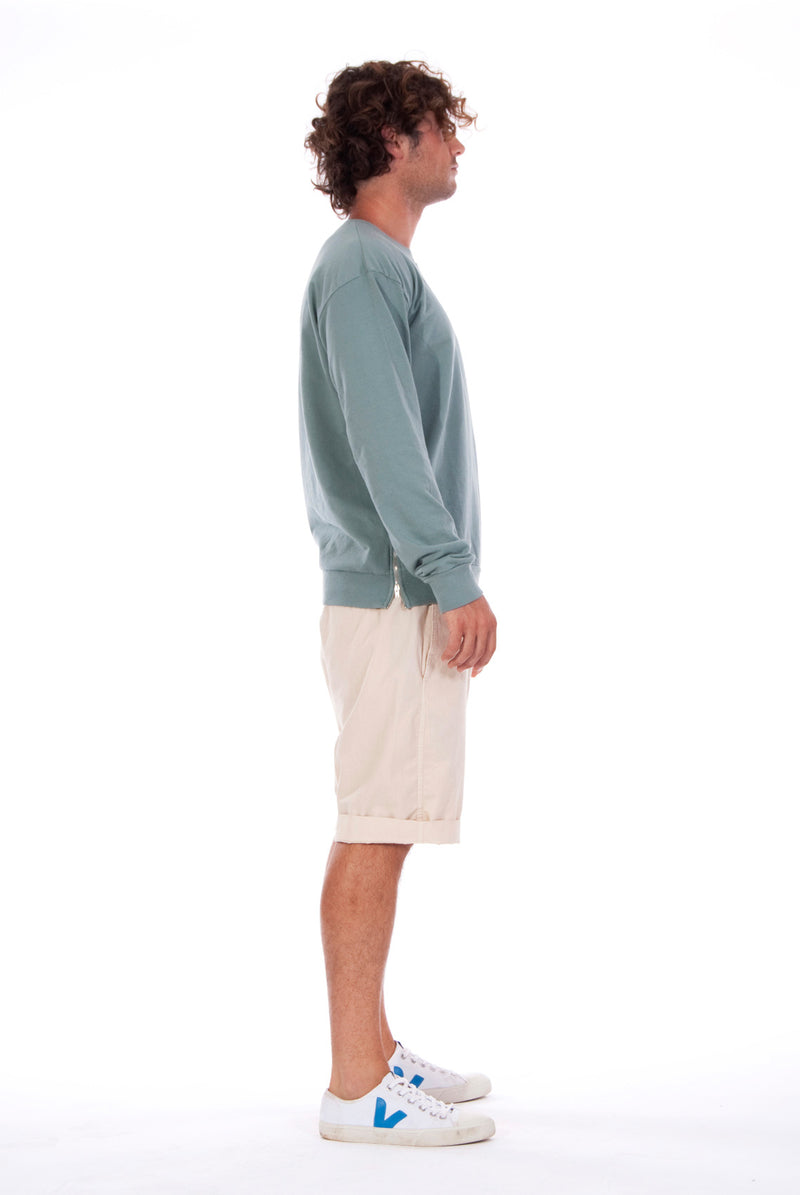 Salinas - Sweatshirt - Colour Green and Raven shorts - Colour Sand - 3