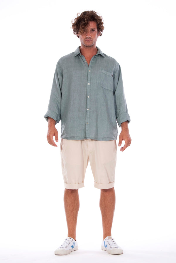 Lennon - Loose Fit - Linen Shirt -Colour Green and Raven shorts - Colour Sand - 1