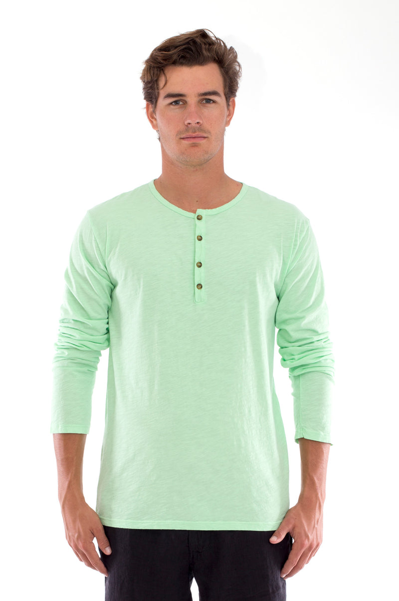 Dylan tee - Tshirt - Long Sleeve - Buttoned Neck - Colour Mint and Capri Shorts - Coloue Black 2