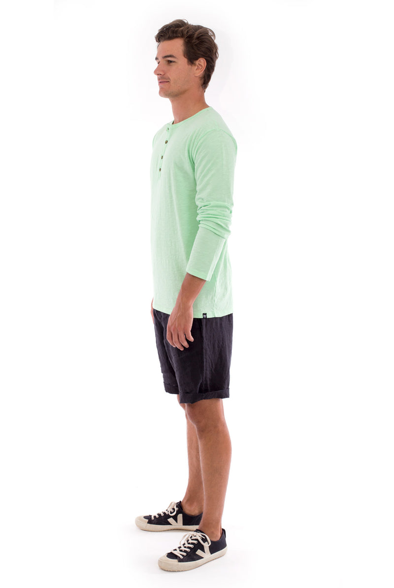 Dylan tee - Tshirt - Long Sleeve - Buttoned Neck - Colour Mint and Capri Shorts - Coloue Black 3
