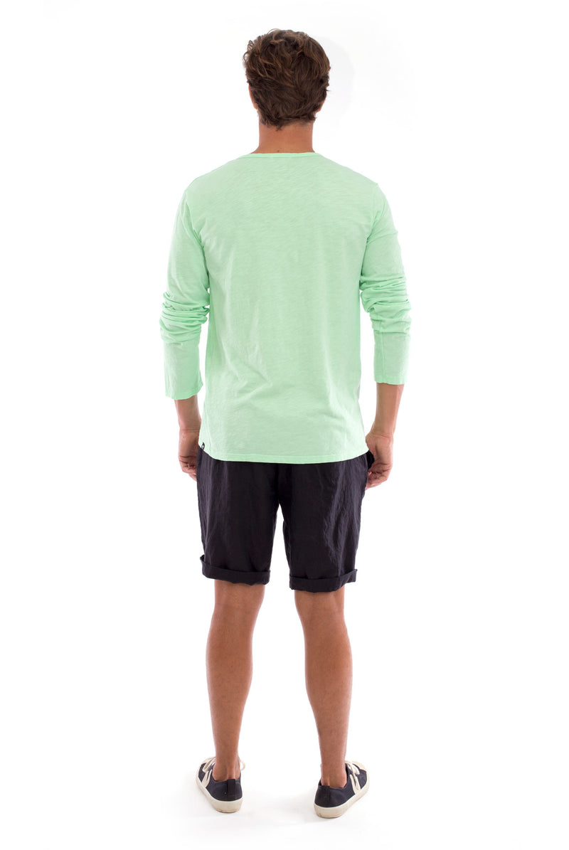 Dylan tee - Tshirt - Long Sleeve - Buttoned Neck - Colour Mint and Capri Shorts - Coloue Black 4