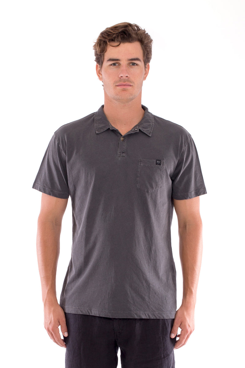 Polo with pocket - Colour Anthracite and Capri Shorts - Colour Black 2