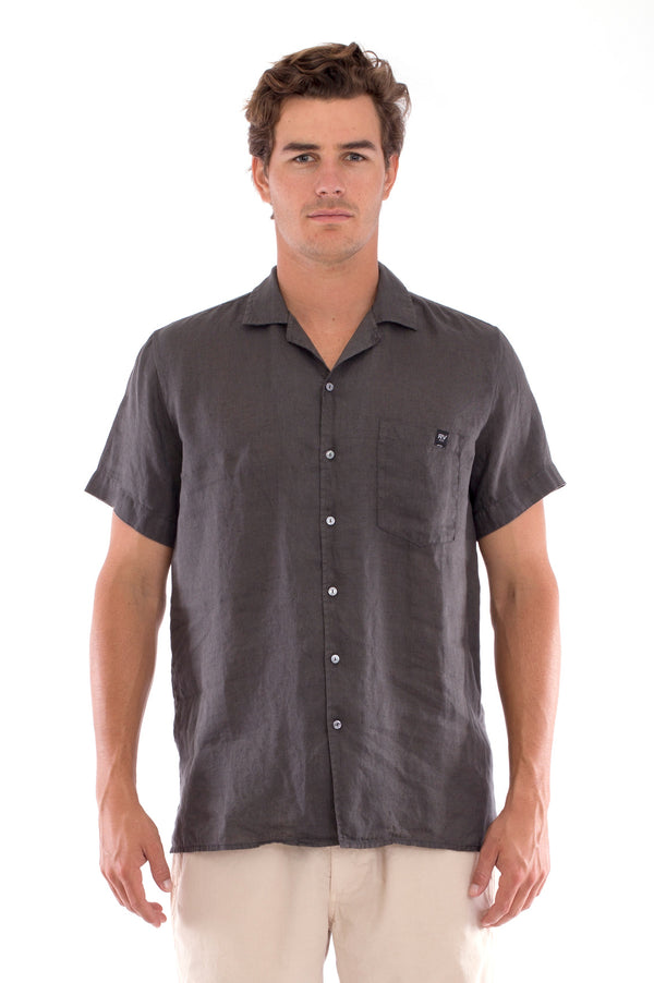 Marlon - Short Sleeve - Linen Shirt - Colour Anthracite and Raven Shorts - Colour Sand 2