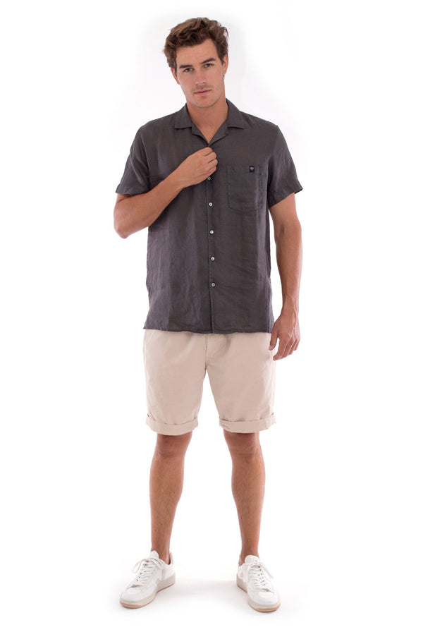 Marlon - Short Sleeve - Linen Shirt - Colour Anthracite and Raven Shorts - Colour Sand 1