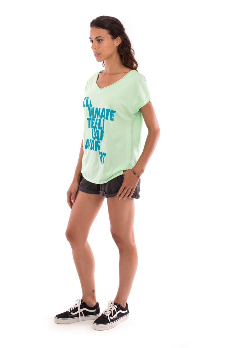 Climate will tear us apart - V Neck - Loose Fit - Top - Colour Mint and sunset mini shorts - Colour Anthracite -3