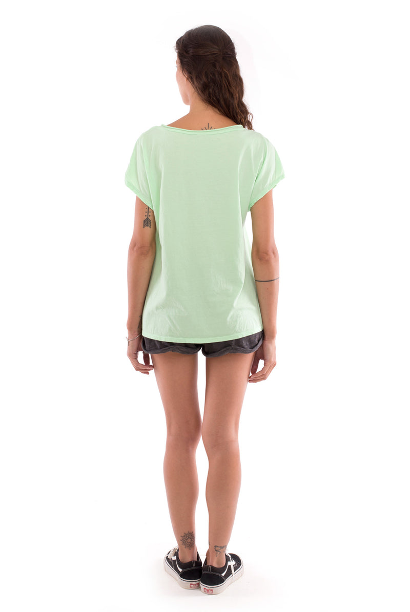 Climate will tear us apart - V Neck - Loose Fit - Top - Colour Mint and sunset mini shorts - Colour Anthracite -4