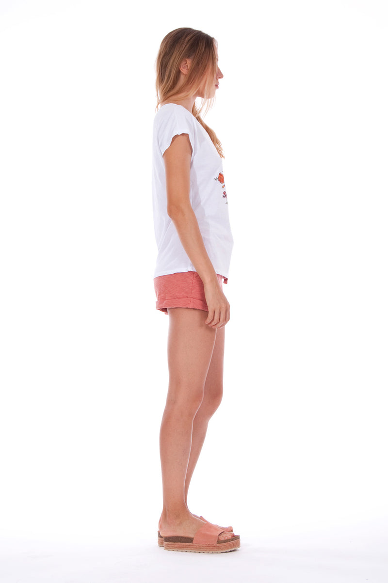 Natural Rebel - V Neck - Loose Fit - Top - Colour White and sunset mini shorts - Colour Clay - 3