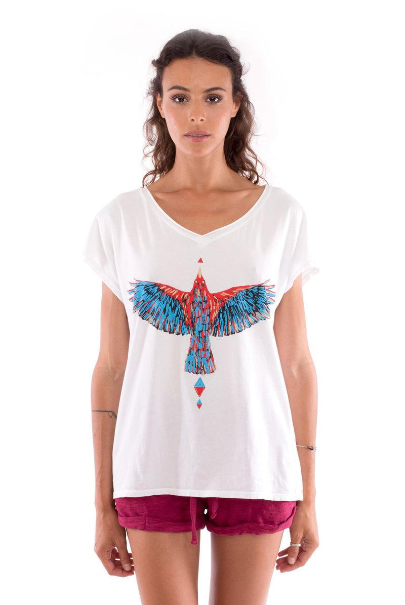 Raven - V Neck - Loose Fit - Top - Colour White and sunset mini shorts - Colour Garnet -2