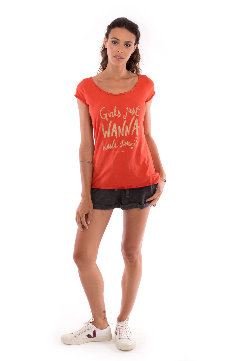 Girls just wanna - Round Neck - Cut Off - Top -Colour Terracotta and sunset mini shorts anthracite 1