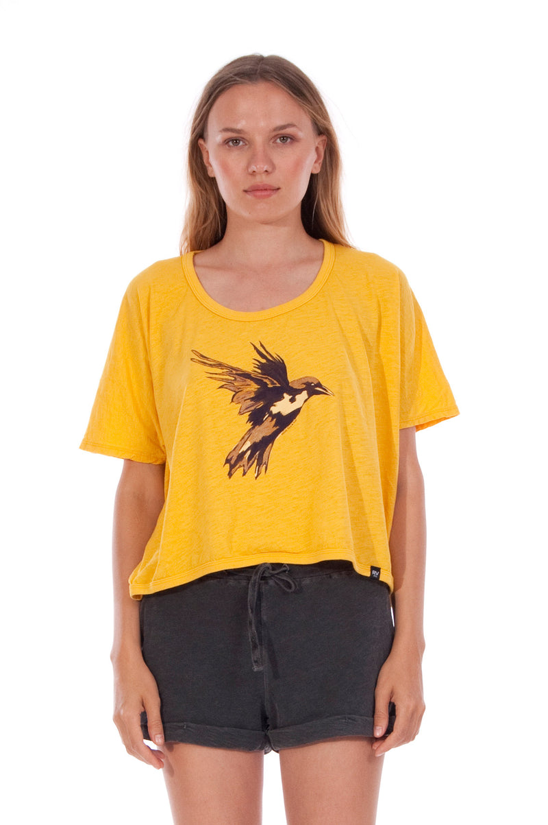 Gold Raven - Round Neck - Wide - Loose Fit - Top - Colour Yellow and sunset mini shorts - Colour Anthracite - 2