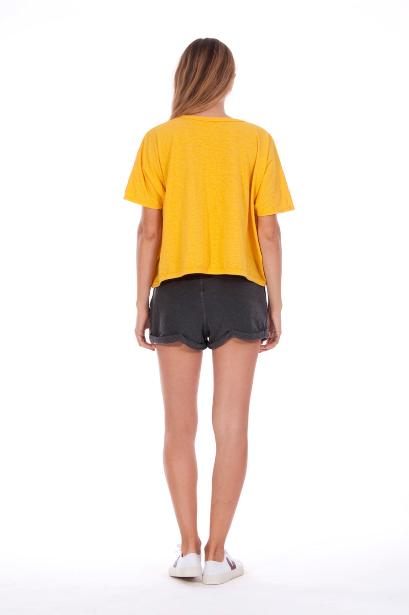 Gold Raven - Round Neck - Wide - Loose Fit - Top - Colour Yellow and sunset mini shorts - Colour Anthracite - 4