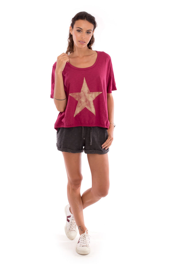 Star - Round Neck - Loose Fit - Top - Colour Garnet and sunset mini shorts - Colour Anthracite-1