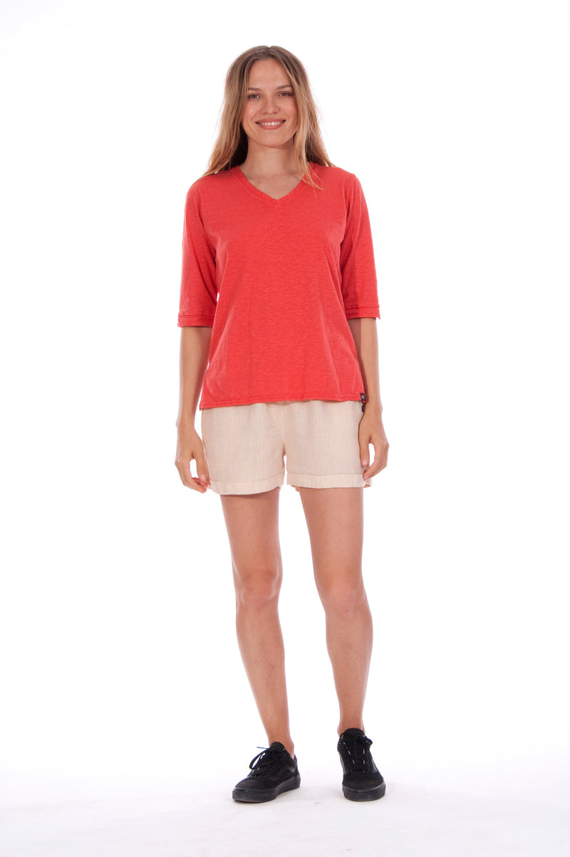 Lisa - Top - Long Sleeve - RV by Elisa F - Colour Red and Creta Shorts - Colour Sand 1