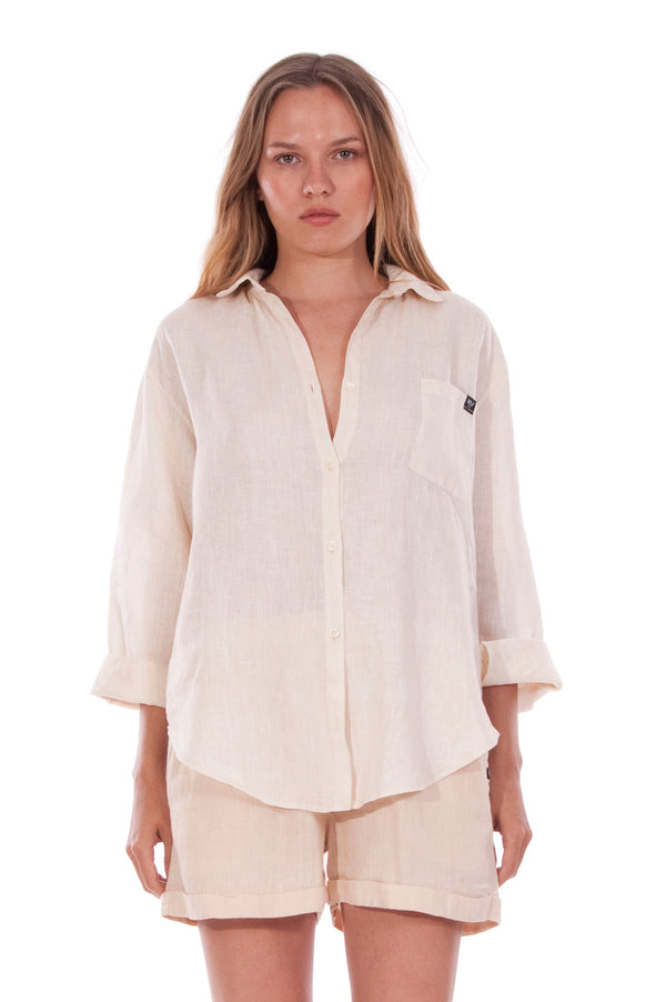 Monet - Linen Shirt - Loose Fit - Colour Sand and Creta Shorts - Colour Sand 2