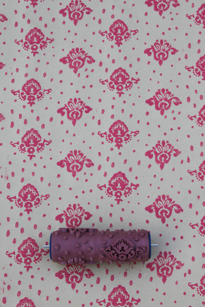 Petite Damask Patterned Paint Roller