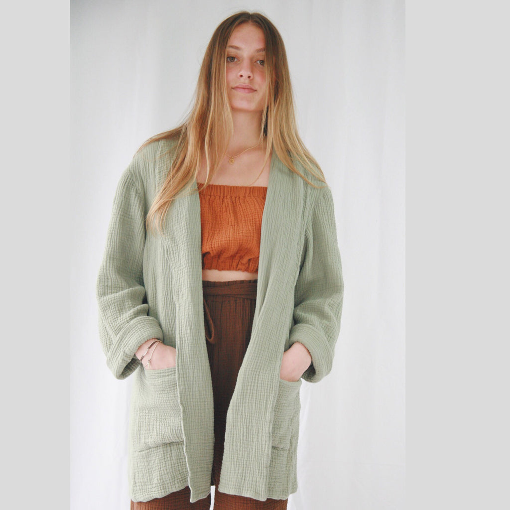 Manta Coat short woman soft green