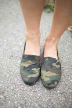 Load image into Gallery viewer, Camo Slip On Shoes
