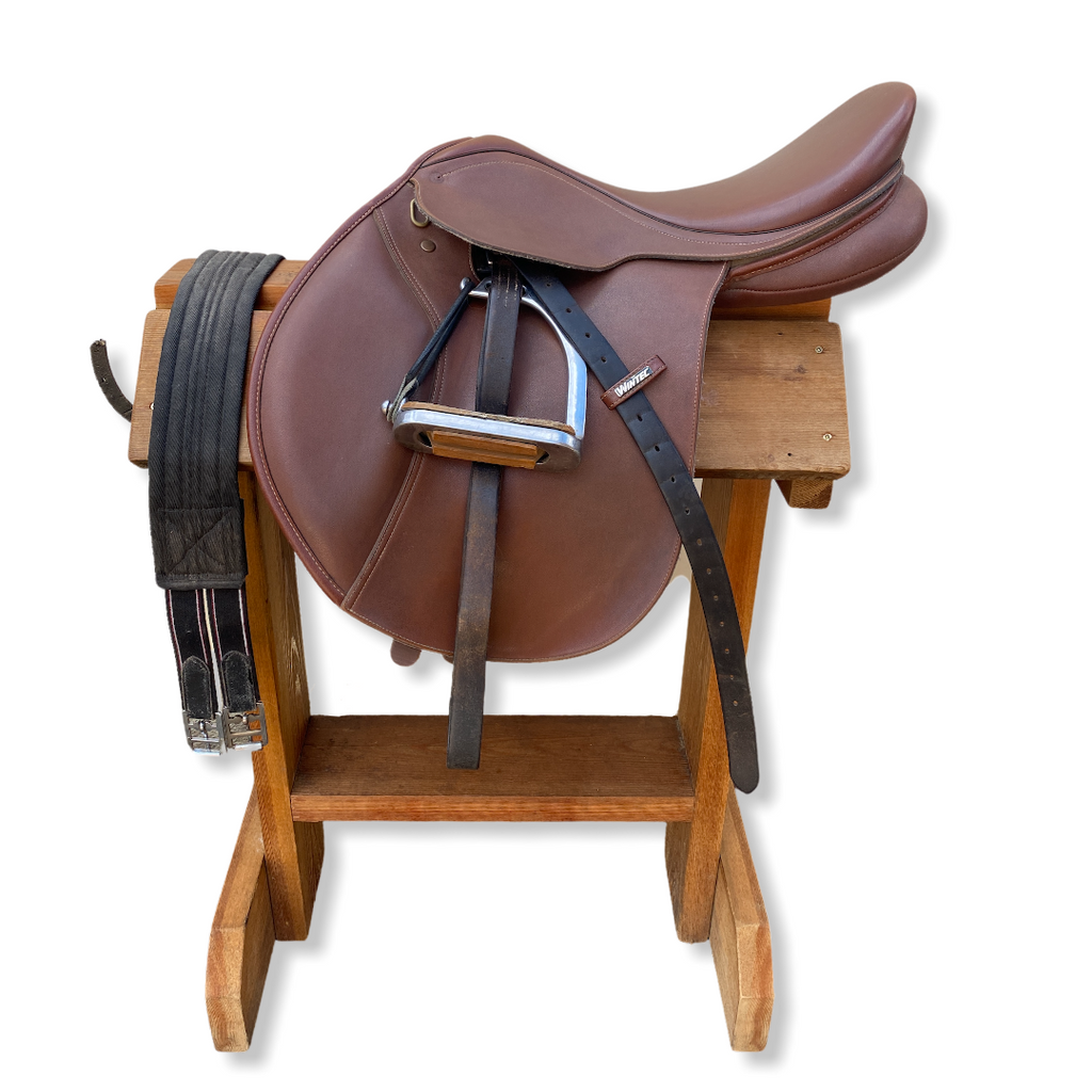 "16"" Wintec English Saddle"