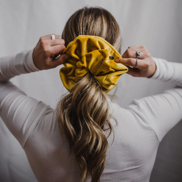 WINNIE - XXL SCRUNCHIE & CO / Golden Yellow